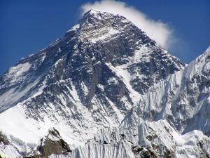 mt-everest-peak